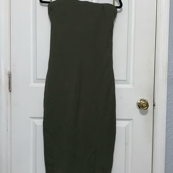 bebe Dresses & Skirts - NWT BEBE strapless midi bodycon